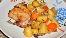 Кролик тушеный в белом вине с овощами