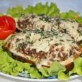 Баклажаны фаршированные гречкой с мясом и беконом