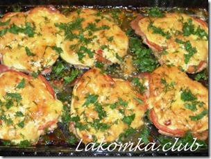Свинина по-французски с помидорами и сыром (4)