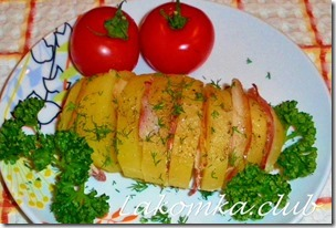 картошка гармошка в духовке с беконом