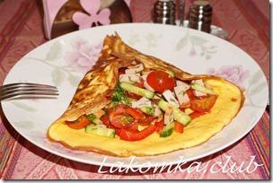 омлет с салатом на завтрак
