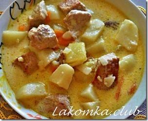 Картофель со свининой и сыром