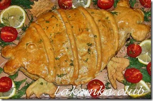 пирог из слоеного теста с рыбной консервой
