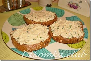 рыбная намазка на хлеб (1)