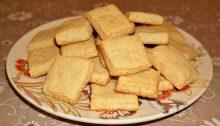 Соленое сырное печенье