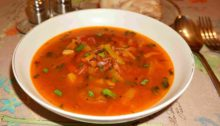 Суп из курицы с красной фасолью