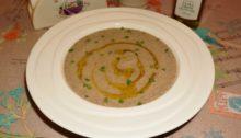 Суп пюре из шампиньонов с трюфельным маслом