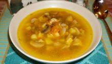 Суп из индейки и грибов