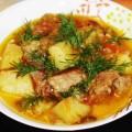 говядина с овощами в горшочке