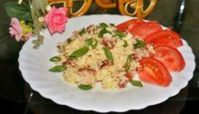 Жареный рис с беконом и яйцом