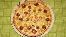 Открытый пирог с кабачками и ветчиной Клумба