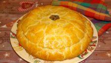 Пирог Курник с курицей и грибами