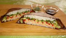 Сэндвич ролл с тунцом